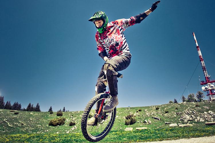 Gerald Rosenkranz beim Einradfahren am Schoeckl