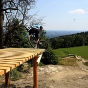 schoeckl-trail-area-drop-zielbereich-freeride-enduro