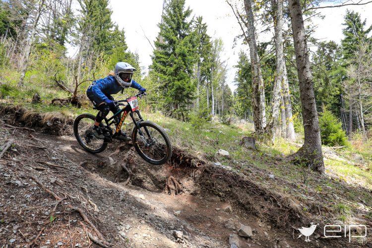 Teste die neuesten Enduro- und Downhillbikes auf allen Strecken der Schöckl Trail Area... Pic: emotioninpictures.at